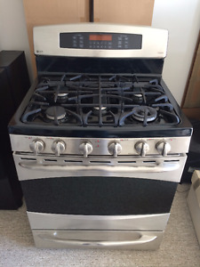 """GE PROFILE SS 30"""" Gas Convection Range w Baking Drawer Like New"""