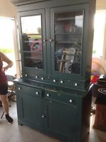 Buffet antique vaisselier