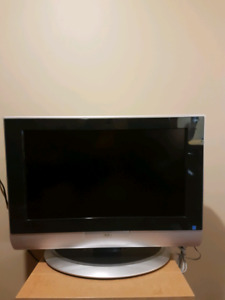 25 inch JVC  flat screen tv with HDMI