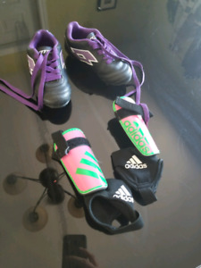 Soccer shoes 9t