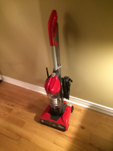 upright vacumin new condition