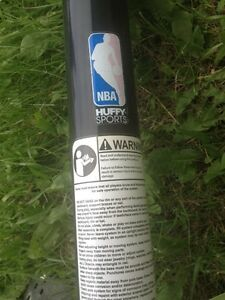 """""""Huffy"""" brand basketball hoop- if ad is on its available  Strathcona County Edmonton Area image 2"""