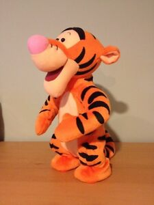 "Disney Winnie the Pooh Bouncing Talking TIGGER Plush 12"" West Island Greater Montréal image 2"