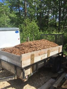 4 yards of bark mulch (Delivered!)