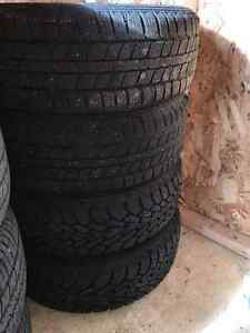 14 in. Winter tires on rim cheap! -  Pneus d'hiver sur jantes