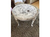 Shabby chic style round table project must go