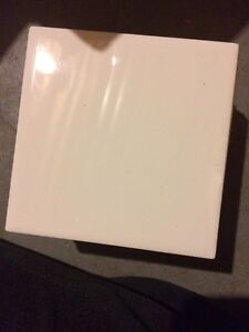 White standard sized bathroom wall tiles - 49 best offer London Ontario image 1