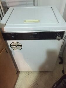 Washer with sink hook up! $40 need gone tonight!