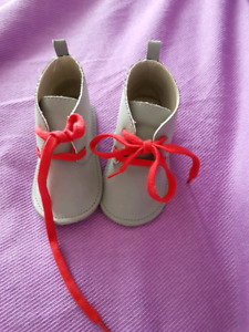 Baby shoes 12-18months