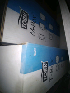 Tork Paper Towel with Matching Toilet Paper Roll Dispenser