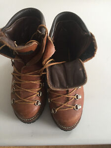 unisex brown boots