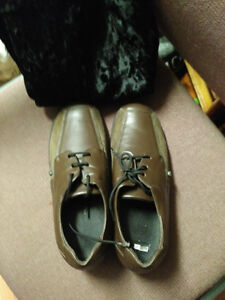 Xsensible Women's leather shoes Size 5.5