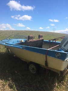 Boat  - Evinrude Motor-Single Trailer-Must take complete package