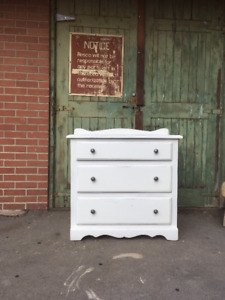 Antique dresser with dovetailed drawers