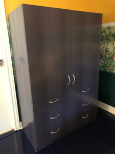Commode / armoire penderie bleue