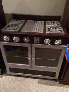 Deluxe High End Pottery Barn Kids Kitchen & PB Accessories London Ontario image 10