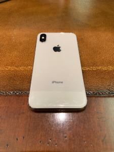 iPhone X 256GB SILVER with APPLE CARE