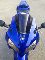 HONDA CBR RR, IMMACULATE CONDITION BIKE WITH OVER +$3.9K IN UPGR