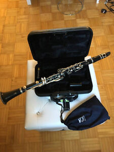 SELLING YAHAMA YCL250 CLARINET - GREAT FOR STUDENTS!!!