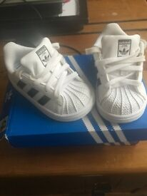 Adidas trainers size 4K