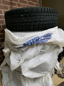 4 Winter tires - excellent used condition
