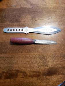 Throwing knife and smaller knife