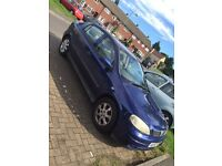 Blue Vauxhall Astra 1.4 , 5 Seats Car , Full working condition