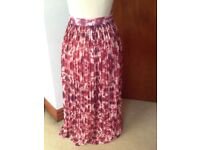 Beautiful MANGO long pleated lined skirt small 30 waist
