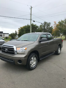 2010 TOYOTA TUNDRA SR-5 4X4 !! ONLY 159,000 KMS !!