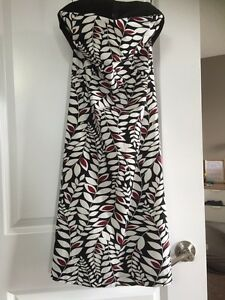 Brand New Excellent condition RW & Co Dress Size 4