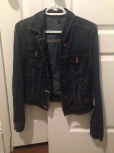 Jean Jacket Size Small