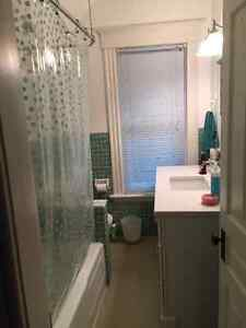 Very Clean Flexible Lease. Jan1st Old North Apt. ALL IN! London Ontario image 5