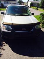 Ford escape 2004 xlt 4x4 3.0L