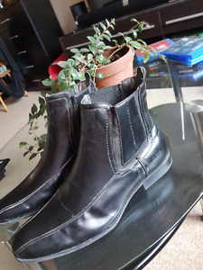 GUESS Men's Size 12 Black Leather Boots