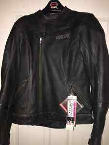 Bnwts women's Blk leather fully padded Shift motorcycle coat Med