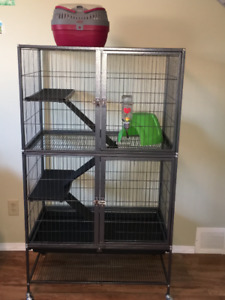 Prevue Hendryx Pet Cage with Accessories