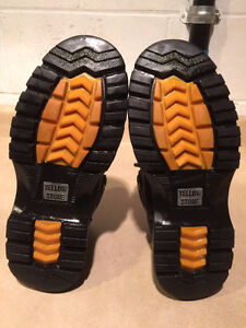 Men's Yellow Stone Rugged Wear Boots Size 10 London Ontario image 4