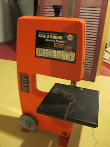 Band Saw - Black and Decker - Never used.
