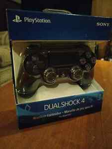 Brand New Sony Playstation 4 Controller (Black)
