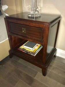 Broyhill Gluchstein Home - bedside tables (2)