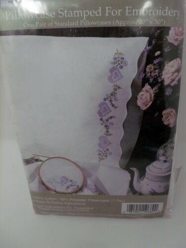 """Tobin Stamped Pillow Cases FLORAL HEARTS  for Embroidery 20"""" x 30"""" 1 Pair"""
