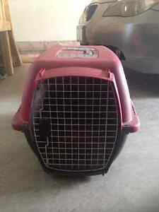 Red petmate kennel