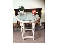 Antique, detailed side console passage table