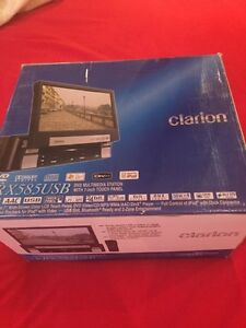 """Clarion DVD 7"""" Touch Screen car stereo"""