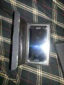 Brand new Samsung galaxy s3 never opened with roger