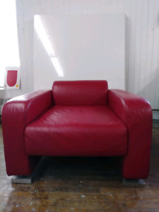 Stylish Red Leather *Club Chair