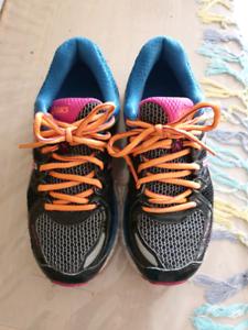 Asics Gel running shoes. Size 23cm US6 Windsor Gardens Port Adelaide Area Preview