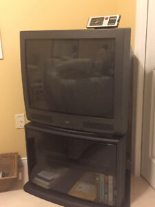 JVC TV with Glass Door TV Stand