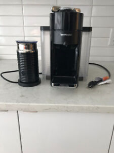 Coffee Machine in mint condition $200 OBO