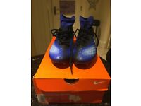 Nike Magistra football boots size 4